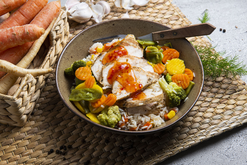 Kurczak grillowany z risotto i warzywami (600 g)
