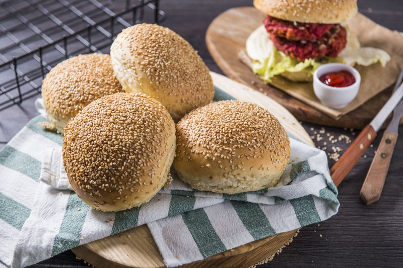 Bułka hamburgerowa (1 szt)